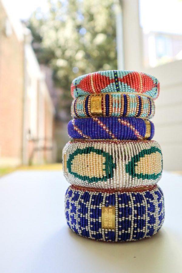 armbanden met kraaltjes