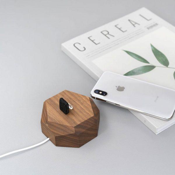 iPhone-Dock-Walnoot
